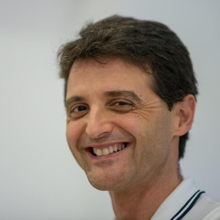 Perez 2011a